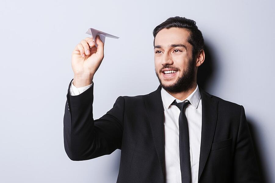 paper aiplane game idea