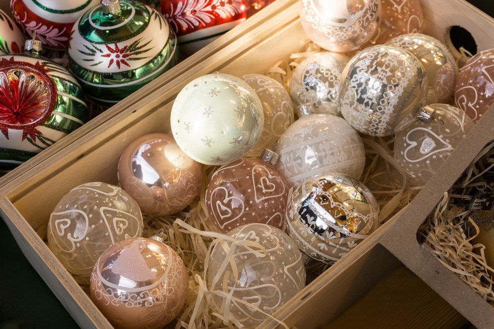 ornament_sale_idea