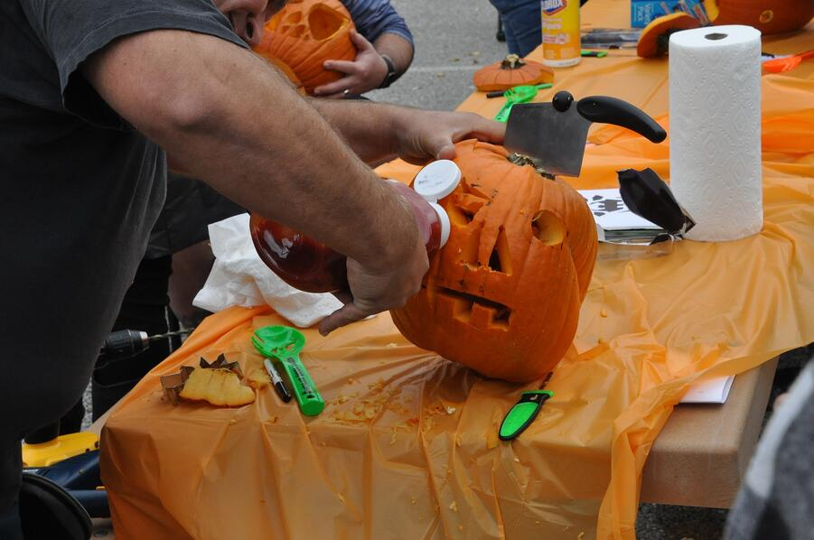 pumpin_carving_contest_idea