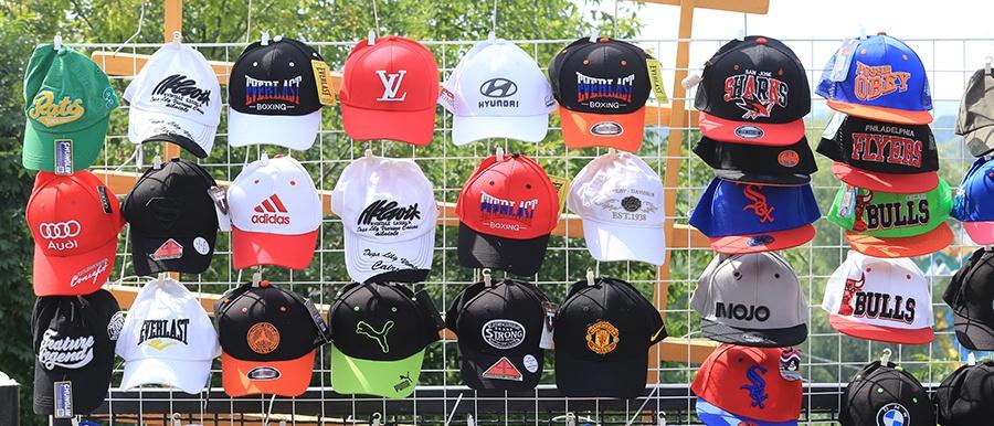 Custom Hats, Discount Mugs