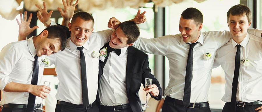 4 Groomsman Favors for Your Favorite Guys to Toast You