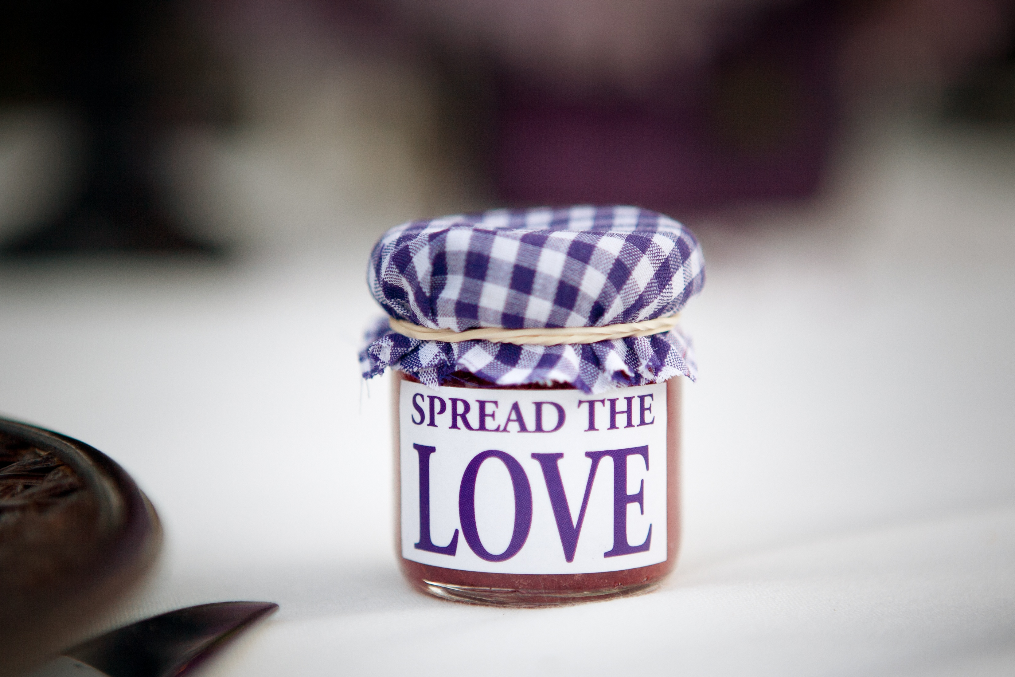 Wedding_favors_your_guests_will_actually_love_-_jars.jpg